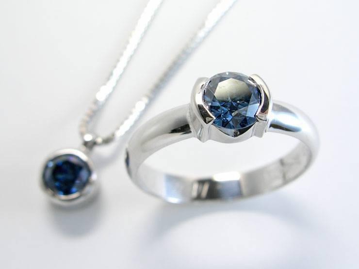 Algordanza-Pendant-Ring