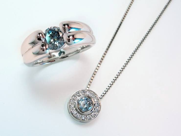 Curvy Ring and Decorated Pendant