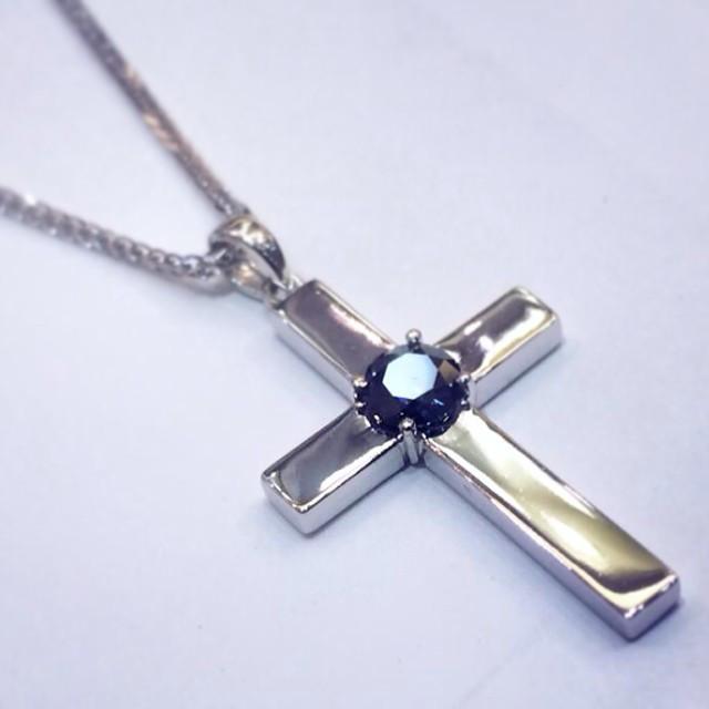 Solid Cross Design